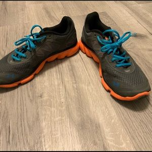 Under Armour Shoes - Under Armor sneakers